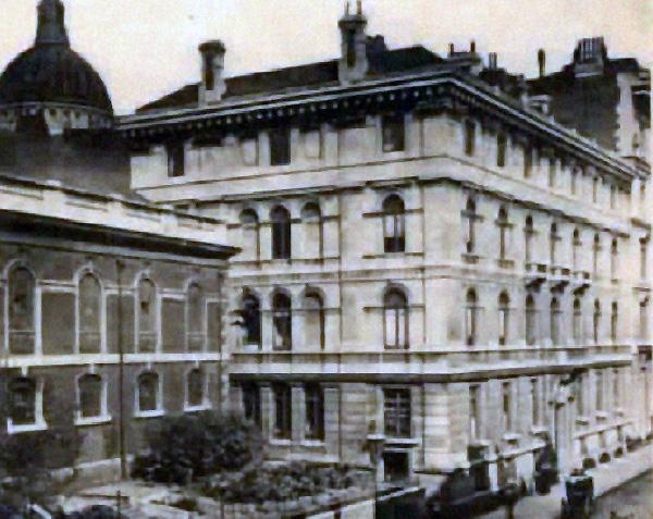初期聖書協会の建物